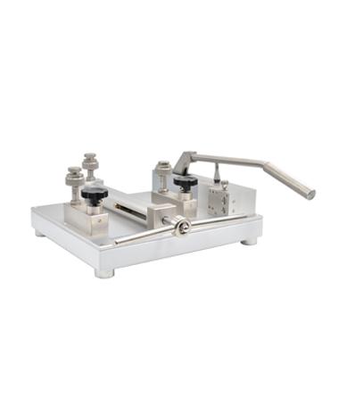 4100-600L   High pressure, oil free hydraulic pump